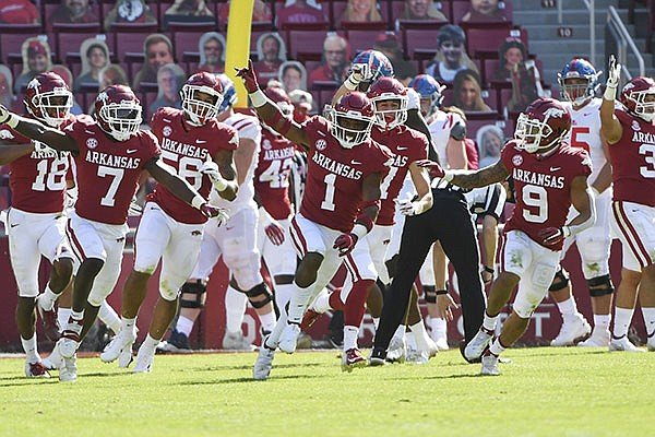 SEC Week 8 –  Arkansas Hopes to Play Spoiler at Florida