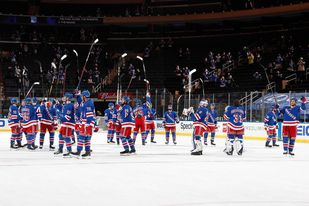 Rangers Fans Back on their Feet at the Garden